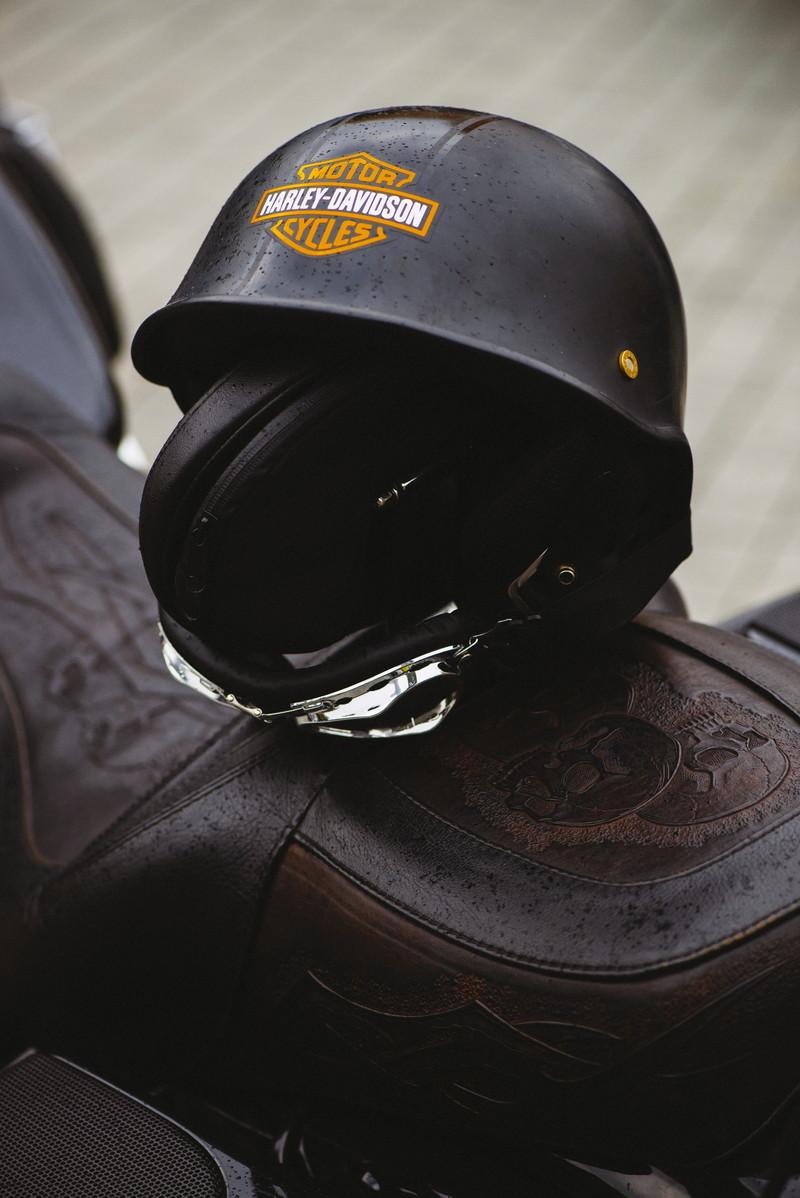 シートとヘルメット